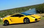 Half way to Melbourne: Lamborghini Gallardo SE - Murray River