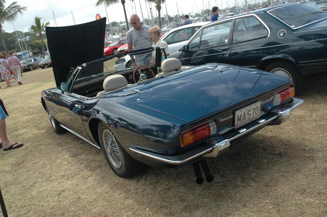 Blue Ferrari - Mazza - Lambo