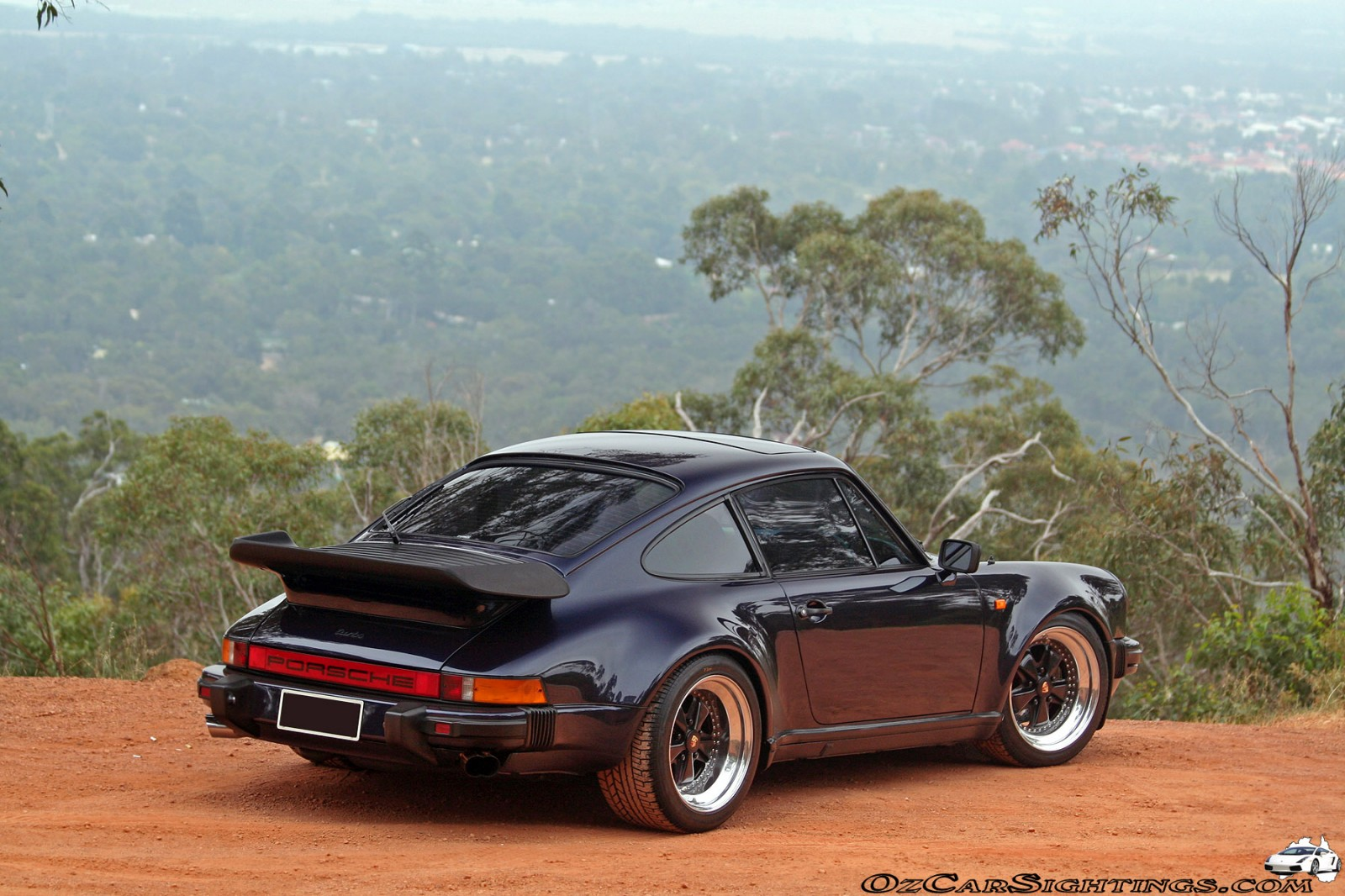 1984 Porsche 930 Turbo http://www.pixelcarart.com/lofiversion/index.php?t43437.html