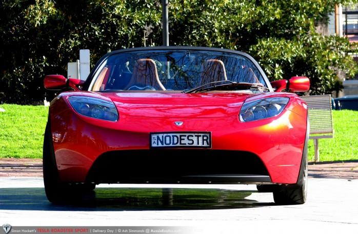 Tesla Roadster Sport - front