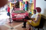 Donut King Lamborghini Countach: Steve  Ronald  Lambo Macarthur Square1