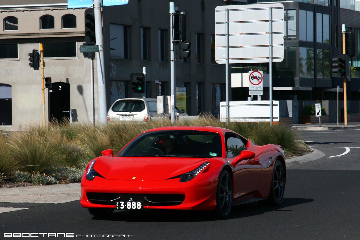 Ferrari_458_Italia_-