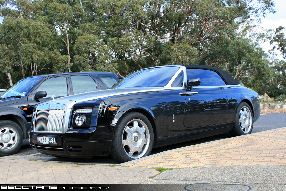aT itle: Rolls Royce Phantom