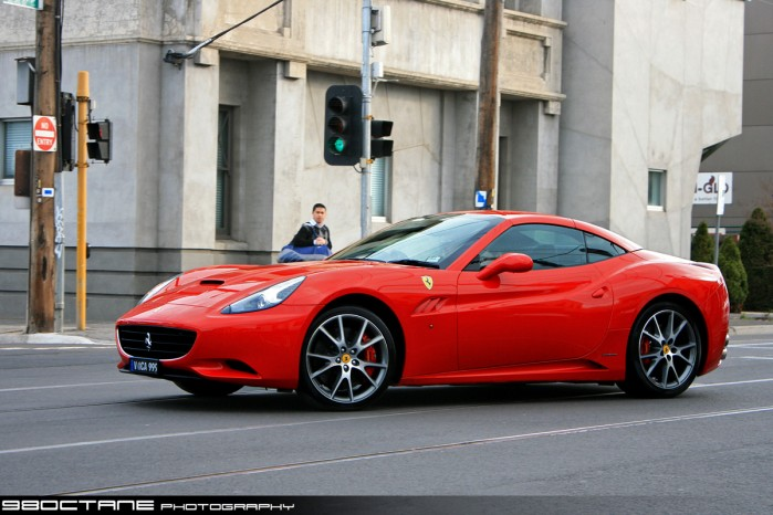 Ferrari California - Photo of