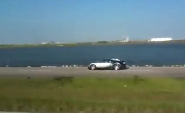 Bugatti veyron crash in lake - photo#3